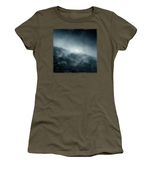 Night Shadows - Misty Forest At Night Women's T-Shirt
