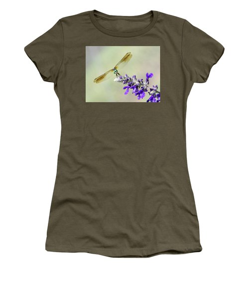 Nose To Nose Women's T-Shirt