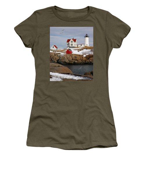 Nubble Light - Cape Neddick Lighthouse Seascape Landscape Rocky Coast Maine Women's T-Shirt