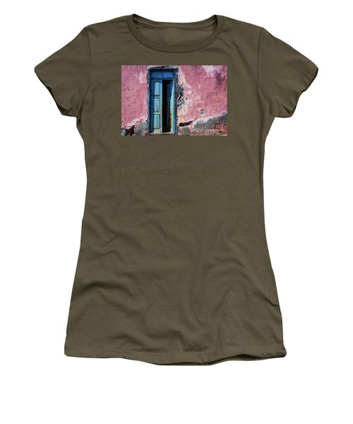 Please Come In Women's T-Shirt