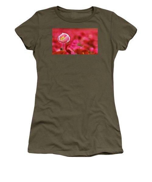 Poppy Standing Tall Women's T-Shirt