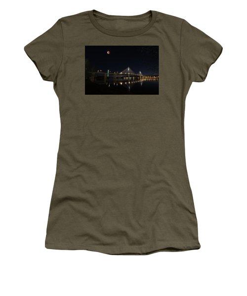 Port Mann Bridge With Blood Moon Women's T-Shirt
