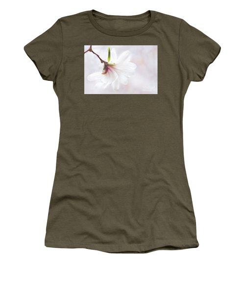 Pretty In Pastel Star Magnolia Women's T-Shirt