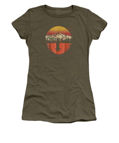 Retro Vintage Fly Fishing Shirt - Fly Fisherman T Shirt Women's T-Shirt
