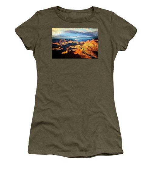 Women's T-Shirt featuring the photograph Rim To Rim by Scott Kemper