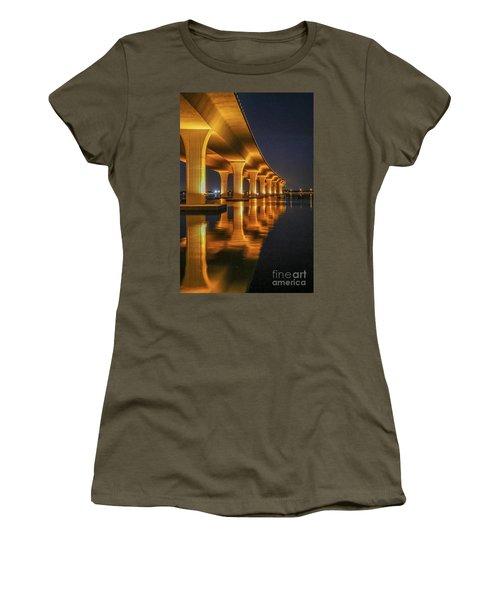 Roosevelt Bridge Portrait Women's T-Shirt