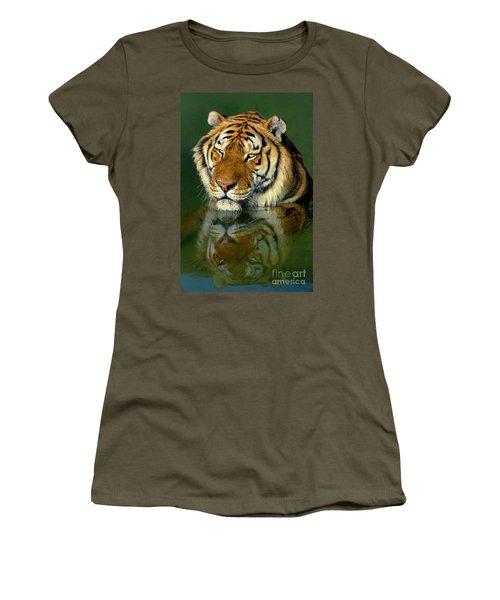Siberian Tiger Reflection Wildlife Rescue Women's T-Shirt