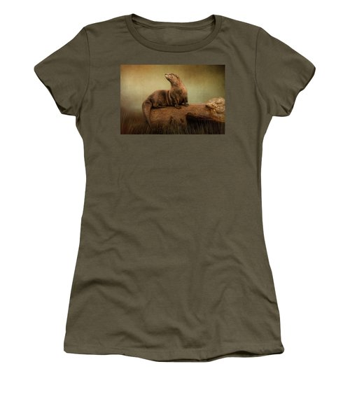 Taking In The View Women's T-Shirt