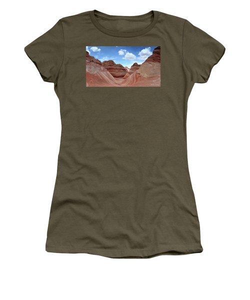 The Classic Wave Women's T-Shirt