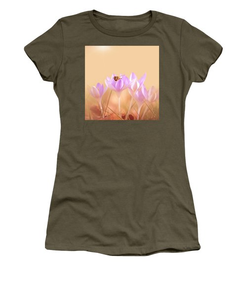 The Earth Blooms Women's T-Shirt