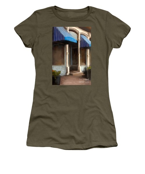 The M Cafe Women's T-Shirt