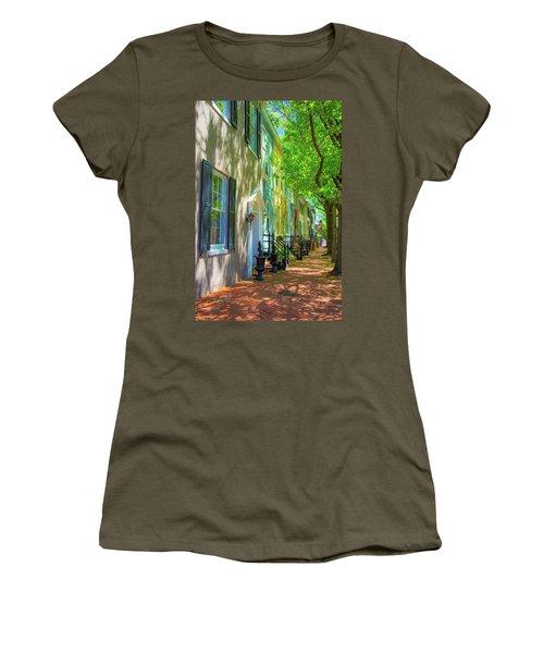 Walking On Duke Street Women's T-Shirt