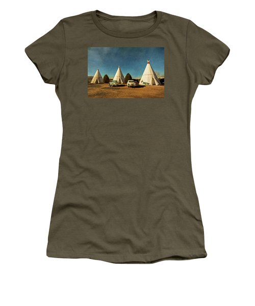 Wigwam Hotel Women's T-Shirt