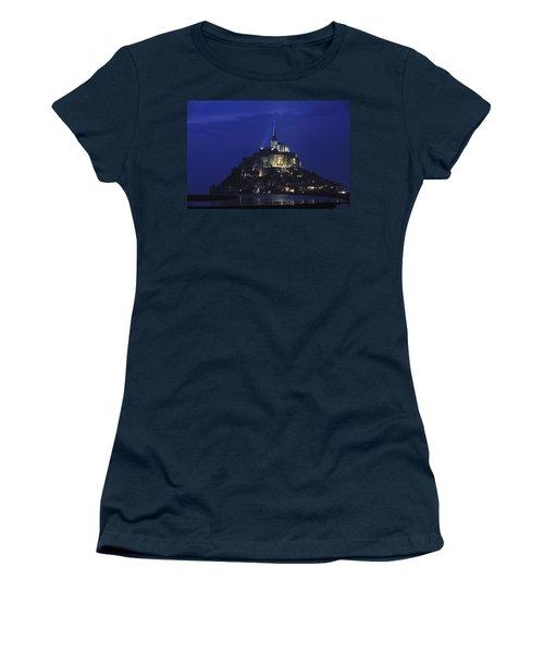 091114p075 Women's T-Shirt (Junior Cut) by Arterra Picture Library