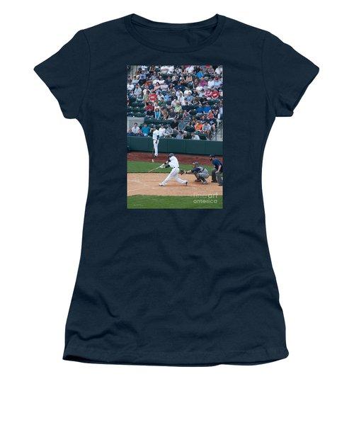 D24w-472 Huntington Park Photo Women's T-Shirt