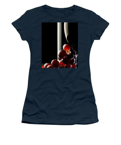Red Wine With Grapes Women's T-Shirt