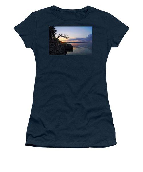 Sunrise Over Table Rock Lake Women's T-Shirt
