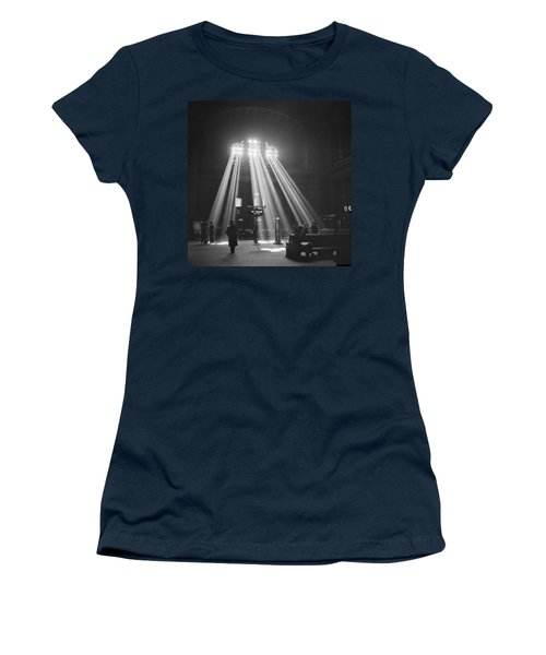 Union Station In Chicago Women's T-Shirt