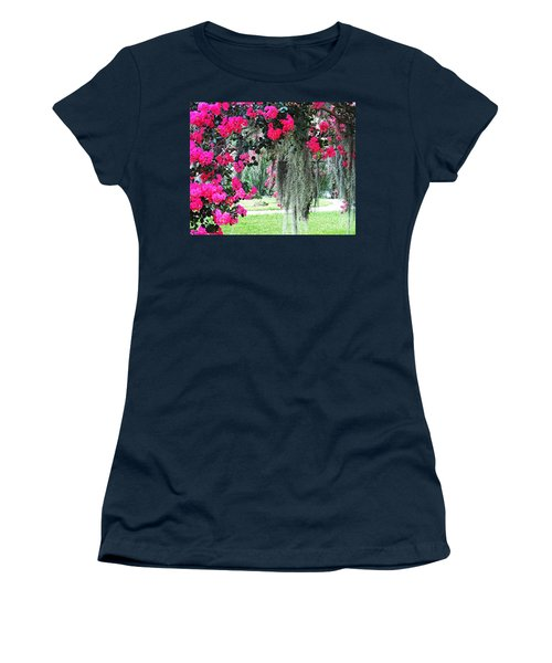 Baton Rouge Louisiana Crepe Myrtle And Moss At Capitol Park Women's T-Shirt