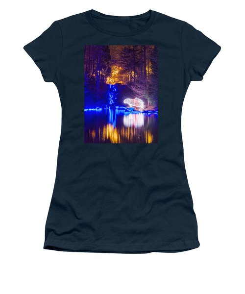 Blue River - Crop Women's T-Shirt