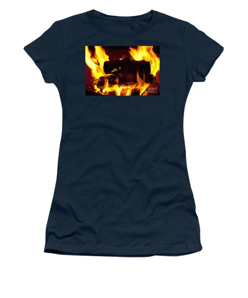 Campfire Burning Women's T-Shirt (Athletic Fit)