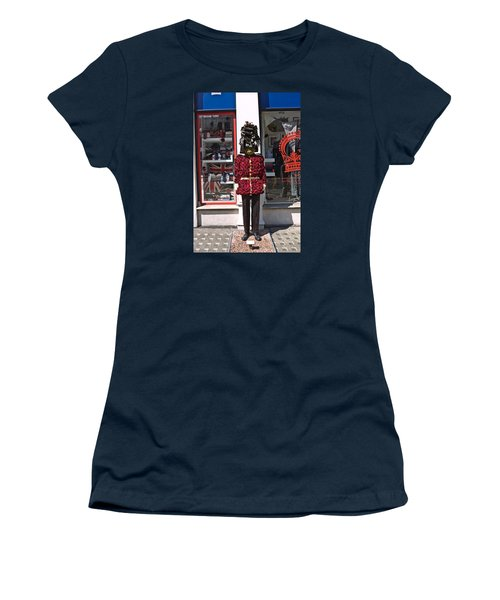 Chelsea In Bloom. Women's T-Shirt (Athletic Fit)