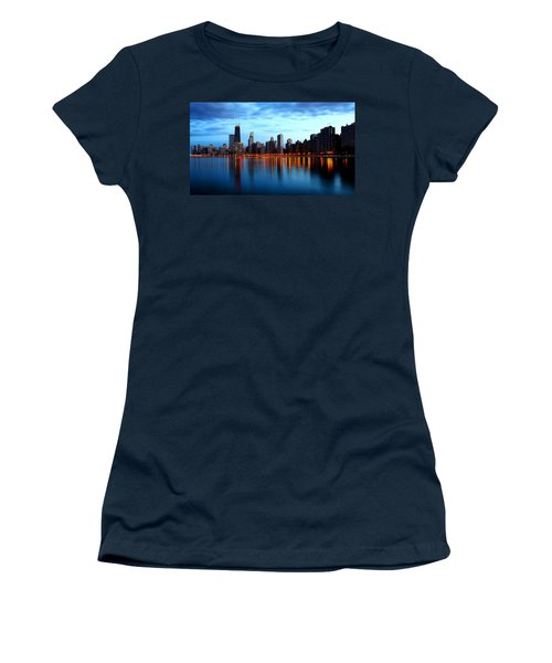 Chicago Skyline Dusk Women's T-Shirt