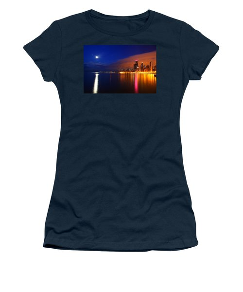 Chicago Skyline Moonlight Women's T-Shirt
