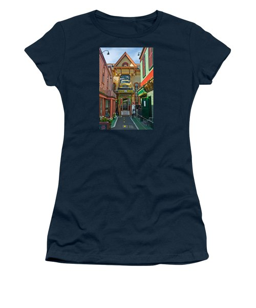 Dinks Taxi In Bar Harbor Women's T-Shirt (Athletic Fit)