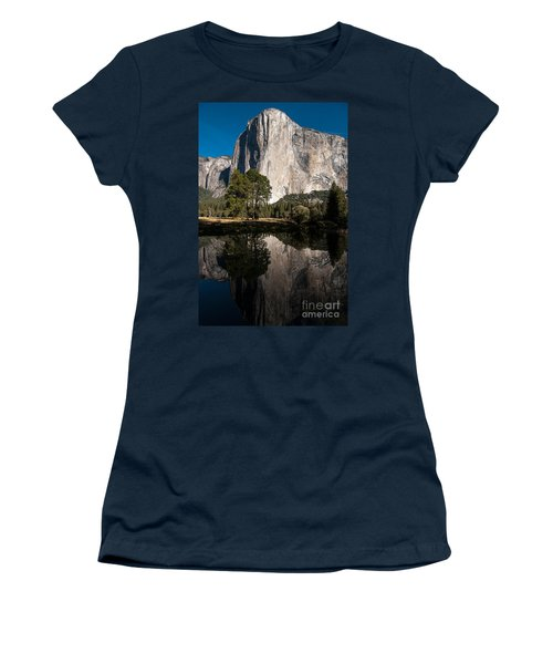 El Capitan In Yosemite 2 Women's T-Shirt (Athletic Fit)
