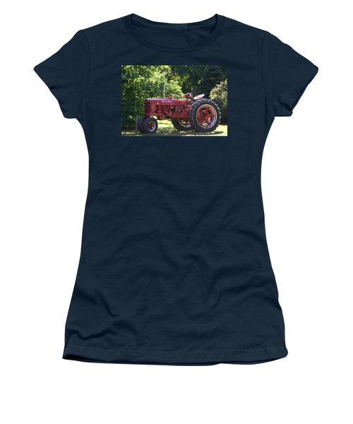 Farmall's End Of Day Women's T-Shirt (Athletic Fit)
