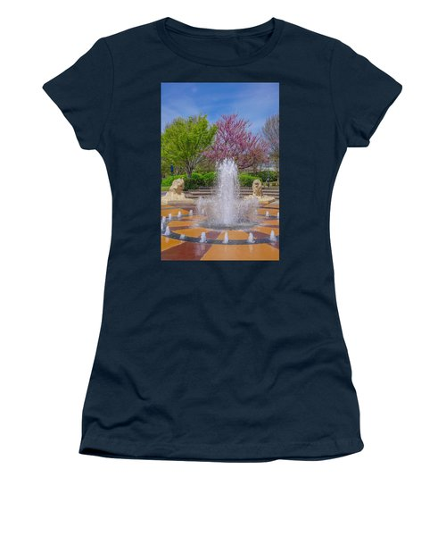 Fountain In Coolidge Park Women's T-Shirt