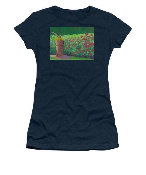 Garden Welcoming Women's T-Shirt