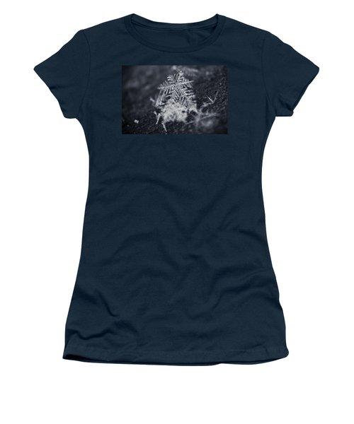 Macro Snowflake Women's T-Shirt