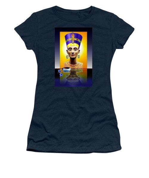 Nefertiti  The  Beautiful Women's T-Shirt (Junior Cut) by Hartmut Jager
