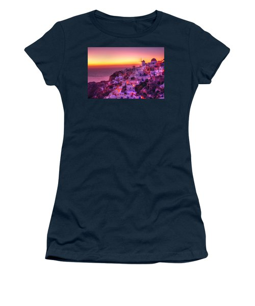 Oia Sunset Women's T-Shirt (Athletic Fit)
