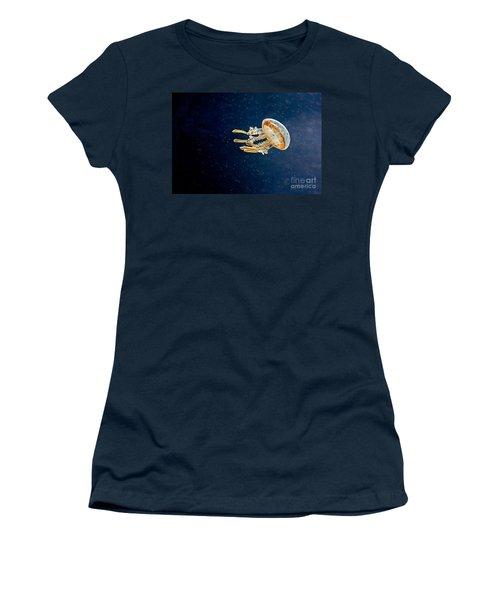 One Jelly Fish Art Prints Women's T-Shirt