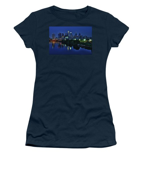 Philly Skyline Women's T-Shirt