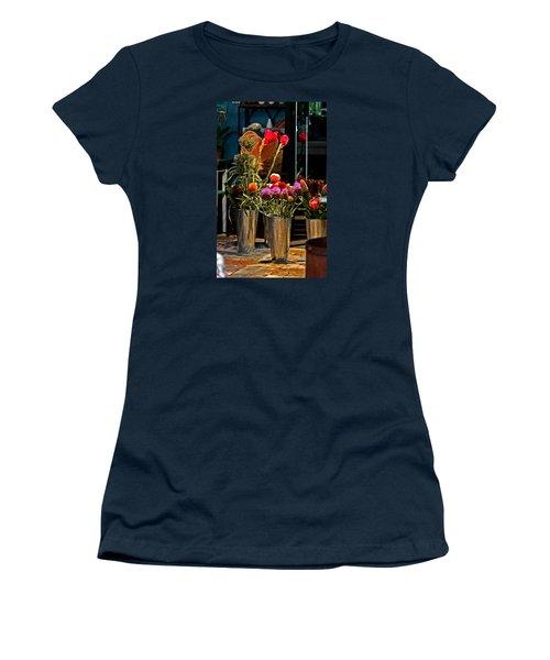 Phlower Vases Women's T-Shirt