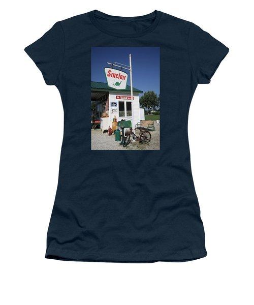 Route 66 - Sinclair Station Women's T-Shirt