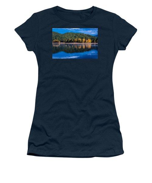 Siskiyou Lake Shoreline Women's T-Shirt (Athletic Fit)