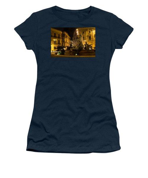 Syracuse - Diana Fountain  Women's T-Shirt