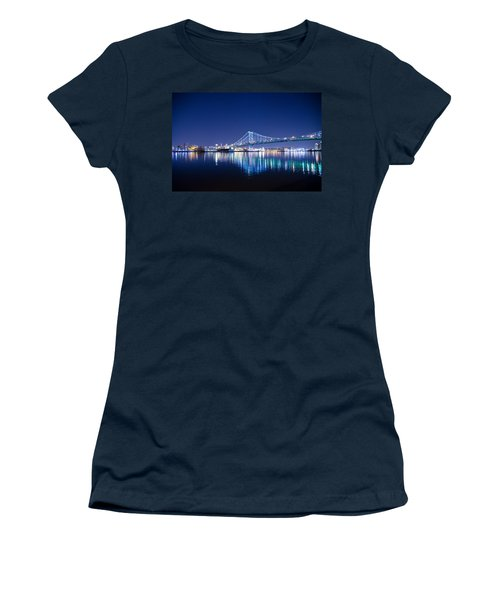 Women's T-Shirt featuring the photograph The Benjamin Franklin Bridge At Night by Bill Cannon