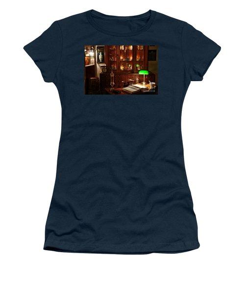 Vintage Apothecary Shop Women's T-Shirt