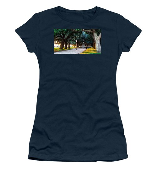 White Point Garden Walkway Charleston Sc Women's T-Shirt