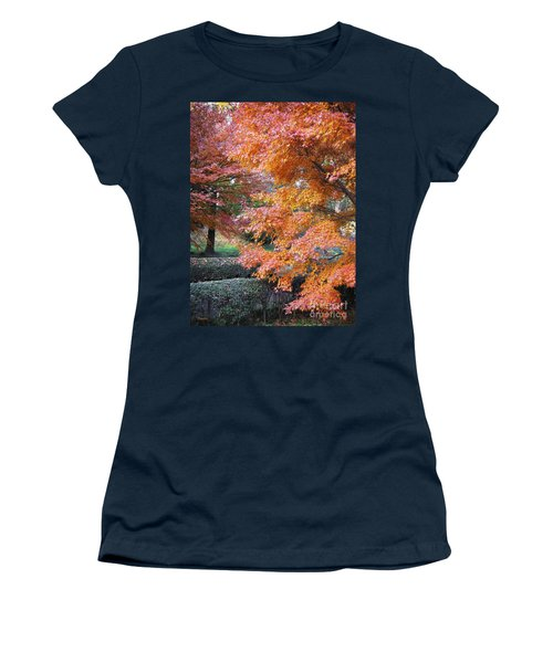 Autumn Momiji Women's T-Shirt (Athletic Fit)