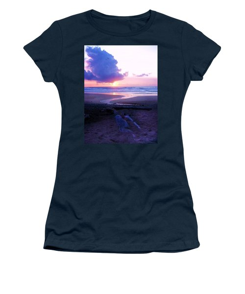Beach Time Women's T-Shirt