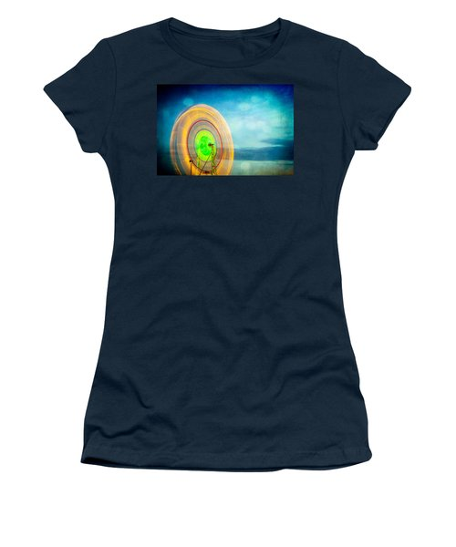 Spinning 2 Women's T-Shirt