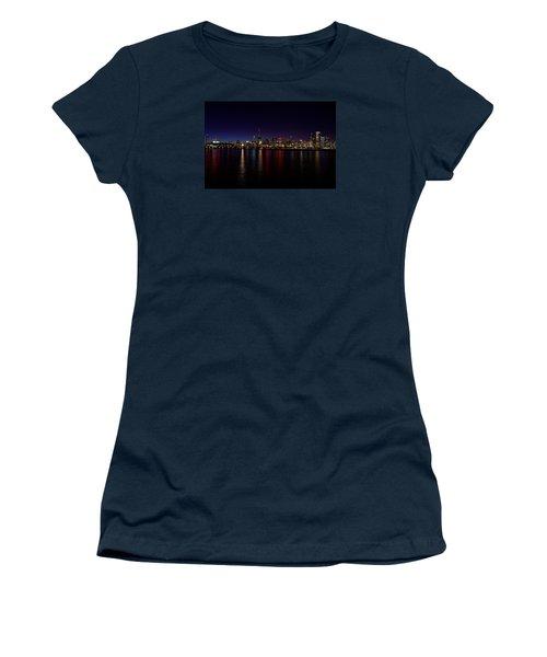 Women's T-Shirt (Junior Cut) featuring the photograph Chicago-skyline by Richard Zentner