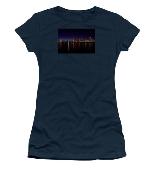 Chicago-skyline Women's T-Shirt (Athletic Fit)